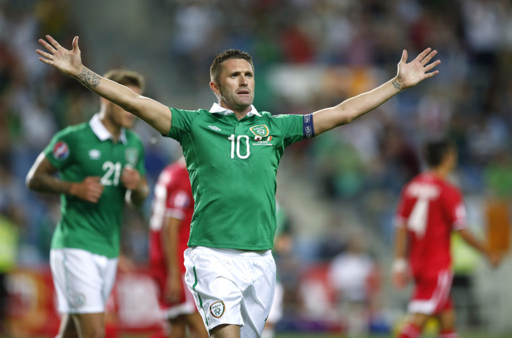Football - Gibraltar v Republic of Ireland - UEFA Euro 2016 Qualifying Group D - Estadio do Algarve, Faro, Portugal - 4/9/15 Robbie Keane celebrates after scoring the third goal for Republic of Ireland Action Images via Reuters / John Sibley Livepic EDITORIAL USE ONLY. - RTX1R66V